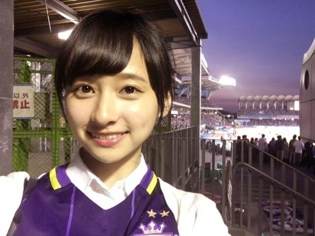 日本学生亚洲色�_球色怡人亚洲版:拥有裁判证书的日本女艺人影山优佳
