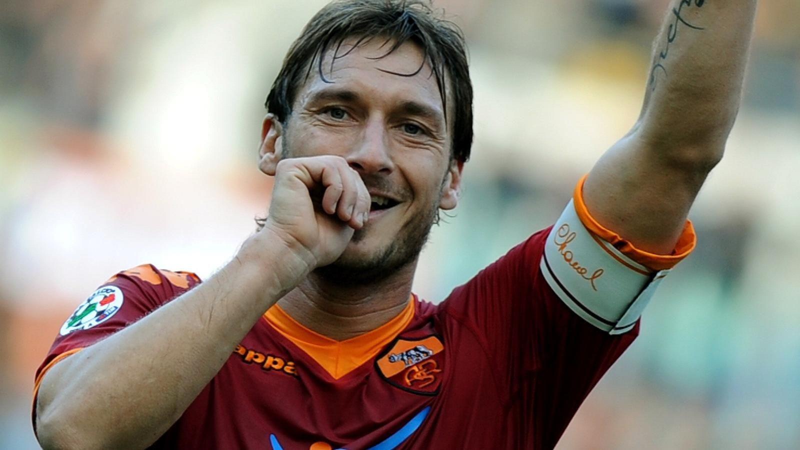 最帅足球明星 皮耶罗_天下足球 德尔皮耶罗_天下足球纪念皮耶罗