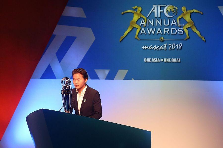 图集:王霜当选亚洲足球小姐,颁奖典礼现场回顾