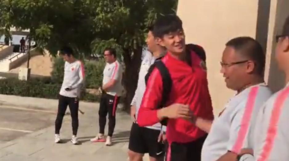 上港迪拜冬训,艾哈、颜骏凌、石柯归队训练