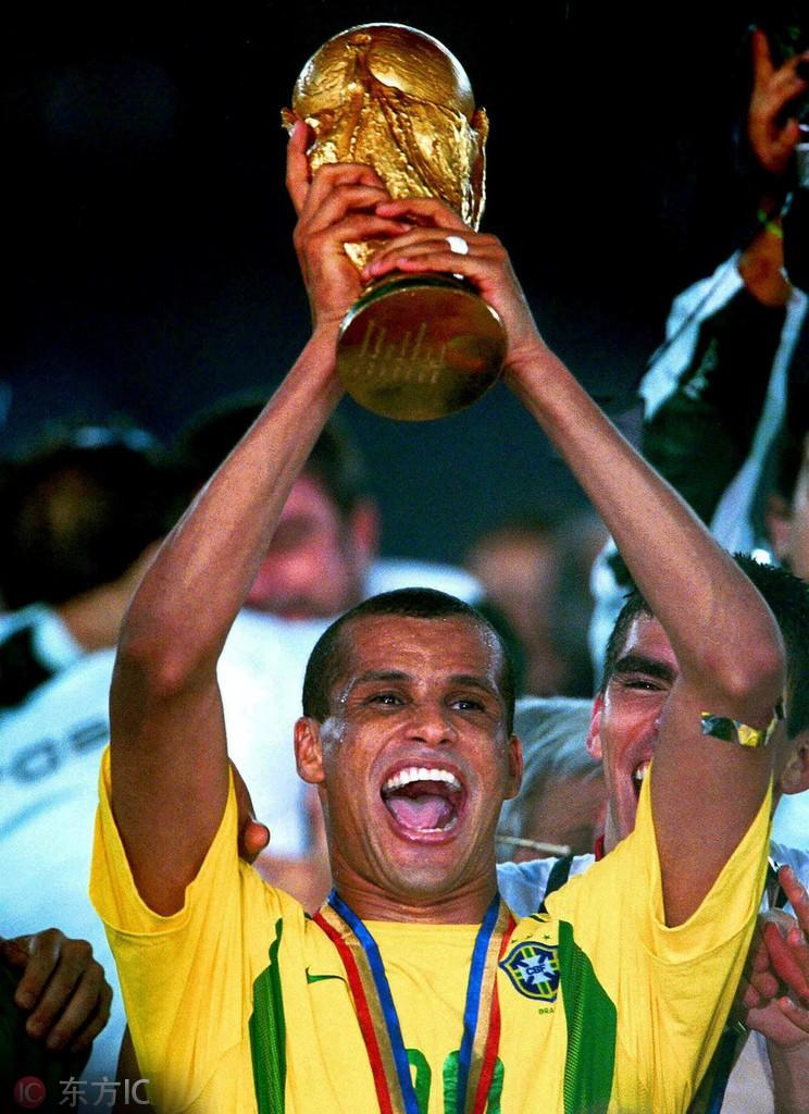 里瓦尔多,巴西足球史上的另类传奇