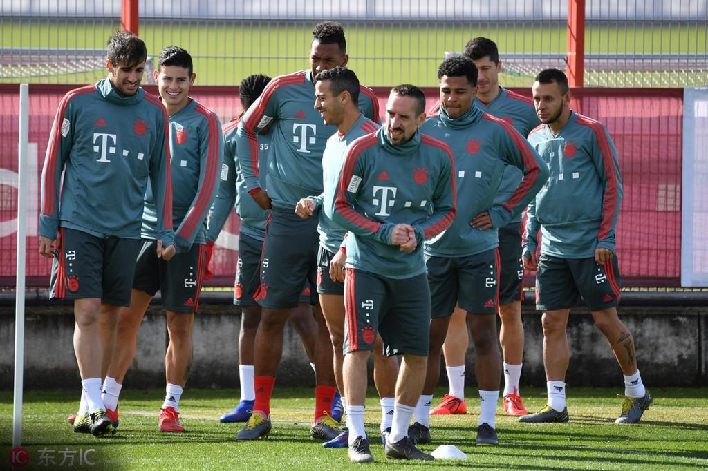 德甲球队总身价榜:拜仁7.7亿居首,多特6亿排名第二