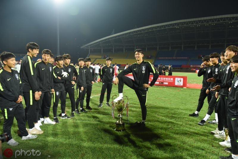 韩国球员侮辱熊猫杯始末:组委会态度坚决,韩国队两次道歉
