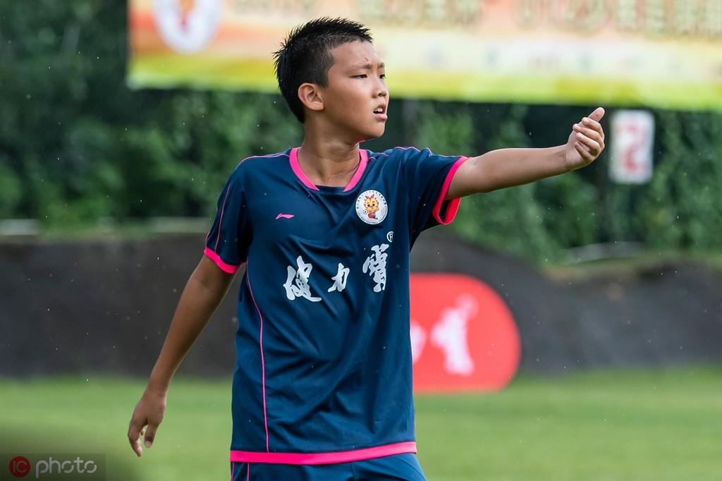 郑智儿子郑子一出战U12少年足球总决赛,沈阳城市A队获冠军