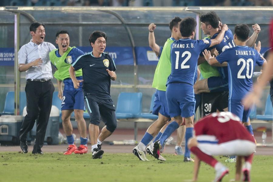 苏宁加时3-1建业,总比分4-3晋级足协杯四强,吉翔世界波制胜