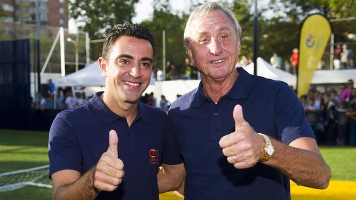 哈维:克鲁伊夫是巴萨和西班牙国家队历史上最