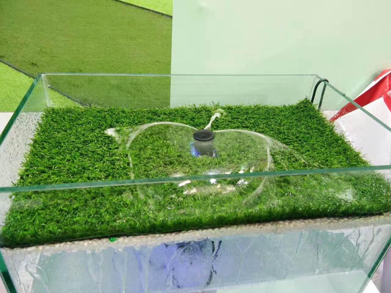 浅谈足球场铺设人工草坪和天然草坪的优缺点