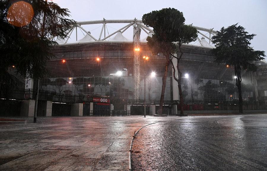 图集:暴雨侵袭罗马奥林匹克球场,米兰踢拉齐奥