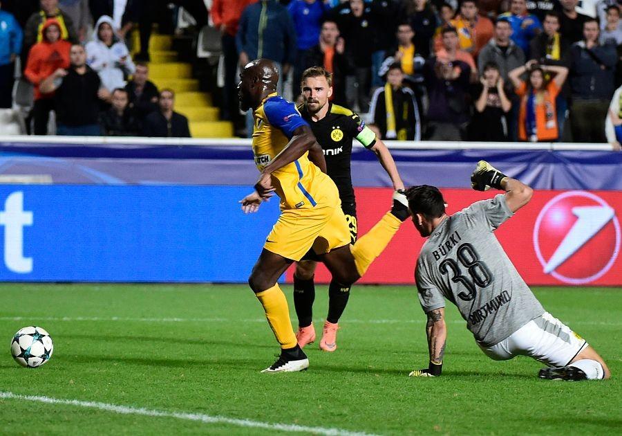 多特客场1-1希腊人竞技布尔基失误送礼黄帕帕救