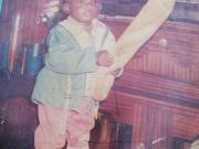 这是沙尔克一位球员的童年照,你能猜出这是哪位球员吗?