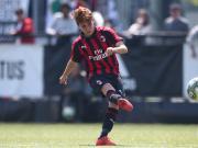 意大利杯半决赛第二回合米兰女足客场对阵尤文图斯,...