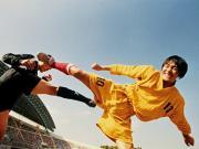 喜剧天才周星驰,是怎样拍出《少林足球》的?