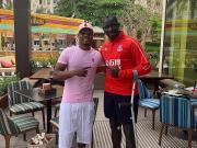 看看萨科在迪拜遇见了谁?