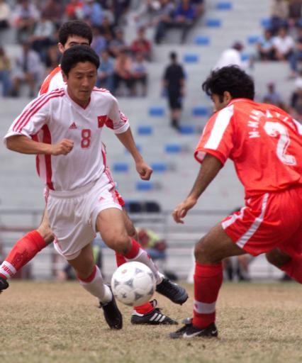 年前的亚运会,中国球迷见识到,原来庆祝动作有