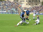 2010年的今天,凭借米利托的进球,国米收获了三...