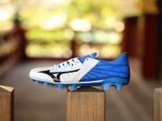 究极进化!近观美津浓Rebula 3 JAPAN足球鞋