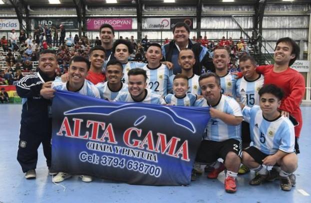 侏儒美洲杯在阿根廷举行矮人群体也有足球梦