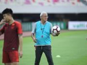 中國足協主席候選人明天會見里皮,銀狐如何交出第一份答卷?