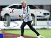 国足击败塔吉克:让比赛内容和球