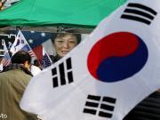 对韩国应该保持客观态度,即使要黑也得有理有据