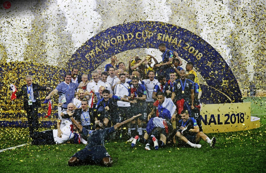 奖励世界冠军,兰斯要请姆巴佩等巴黎球员喝香槟遭巴黎拒绝
