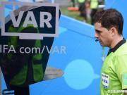 视频助理裁判VAR问题频出,你怎么看?