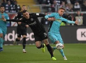 足球视频集锦:法兰克福 3-1 弗赖堡