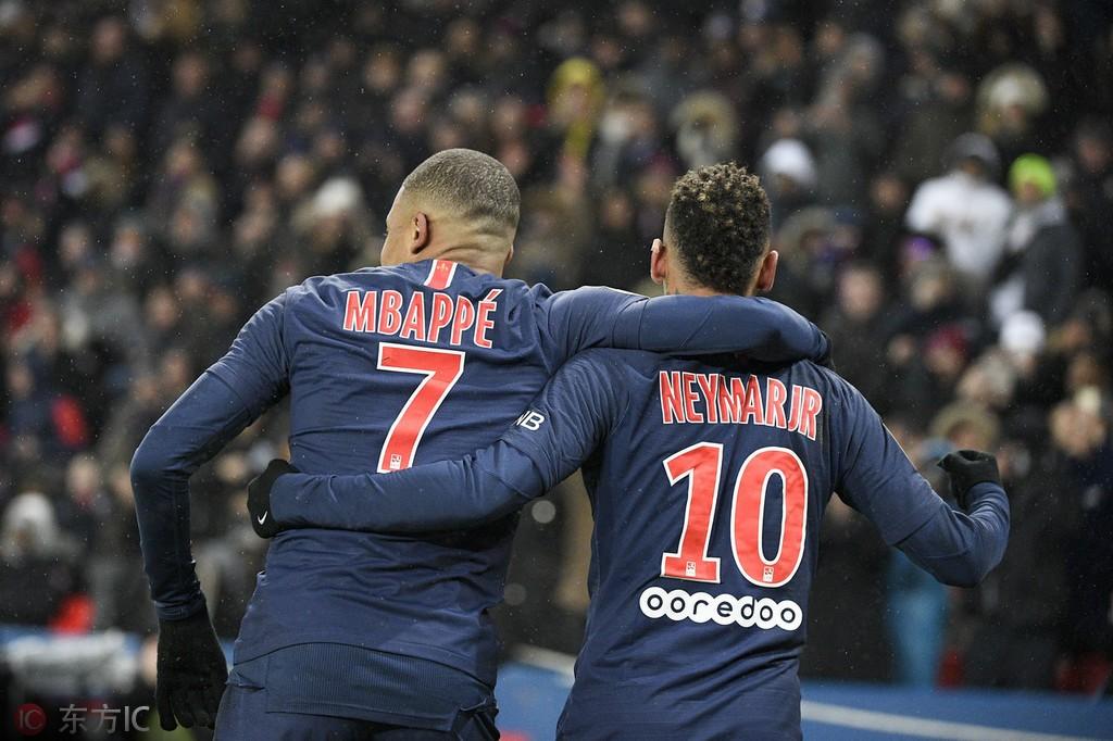 法甲最佳球员候选:姆巴佩、内马尔双双入围