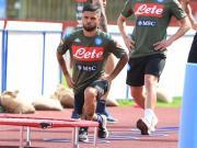 那不勒斯俱乐部在特伦蒂诺的夏训进入了第17日,距...