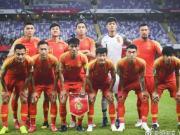 在昨晚2-1逆转泰国取胜后,颜骏凌发了一条微博:...
