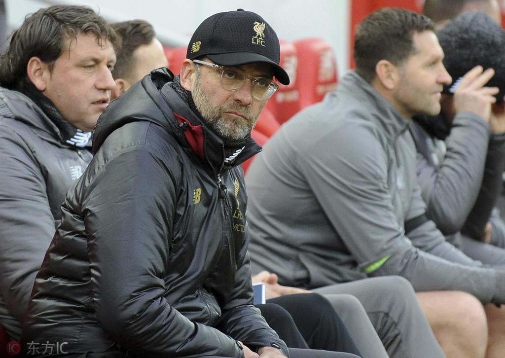 默森:利物浦很难拿到双冠王,他们该专注于联赛
