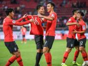 在2-1战胜巴林后,韩国队也得以连续7次闯入亚洲...