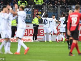 足球视频集锦:弗赖堡 2-4 霍芬海姆