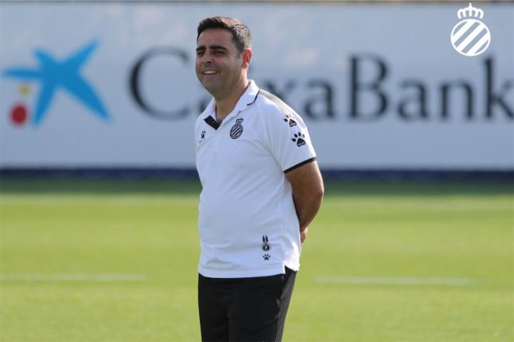 西班牙人主帅加耶戈:我们要专注于跟埃瓦尔的比赛
