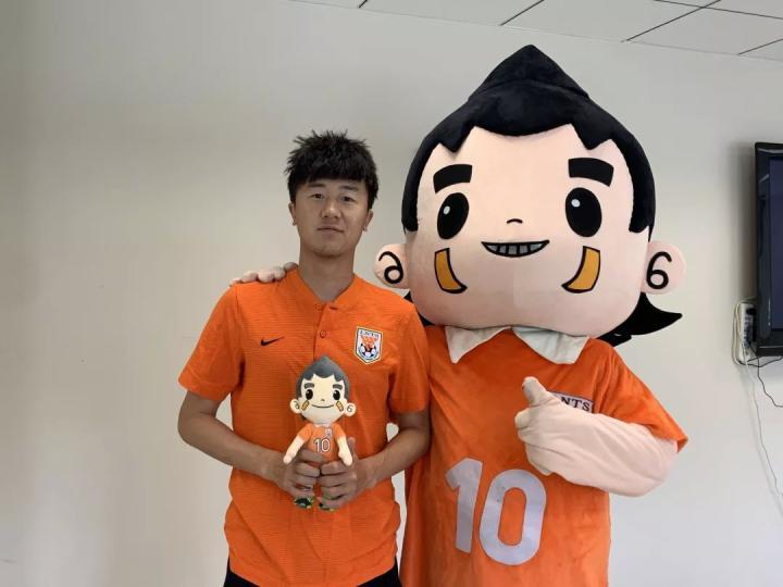 对话刘洋:亚洲杯经历堪称梦幻,要帮鲁能重夺冠军