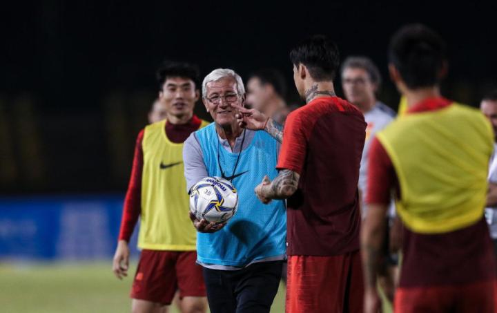 国足客战菲律宾看什么?一年第三次,西甲射手PK英冠门将