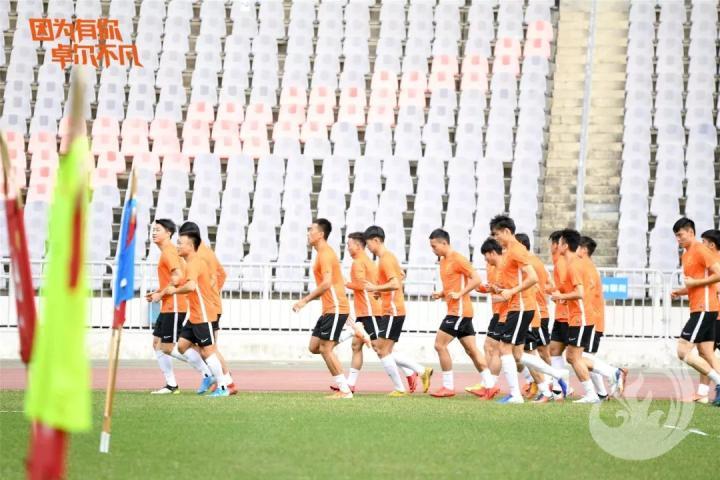 聂傲双转投深圳,新教练团队待磨合
