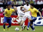 昨日重现:2006年世界杯1/4决赛,法国惊险淘汰巴西