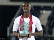 荣膺亚洲杯金靴,莫埃兹-阿里喜提梅西签名球衣