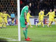 十人阿森纳爆冷0-1鲍里索夫,拉卡泽特进球被吹越位并染红