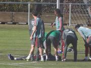 被近距离来球击中面部,拜仁小将霍夫曼训练中昏迷