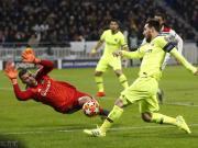 巴萨0-0客平里昂,泰里耶中楣,梅西、苏亚雷斯错失良机