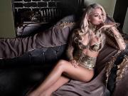 球色怡人:马夏尔的明星未婚妻——梅兰妮-达-科鲁兹