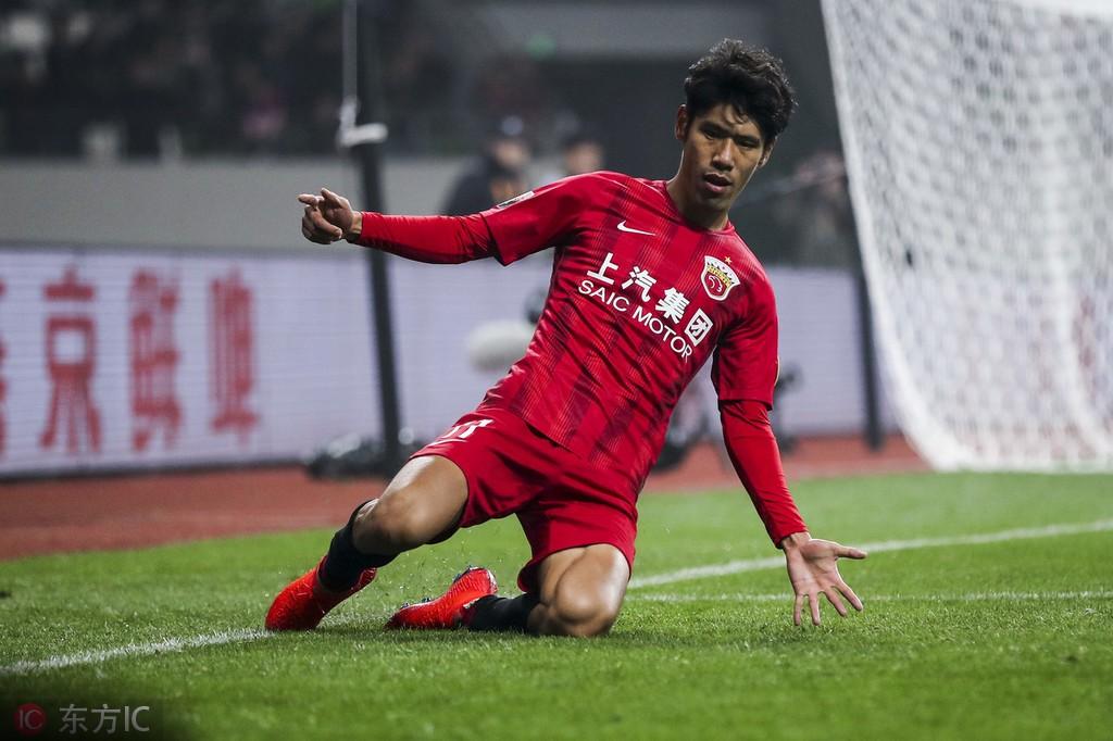 吕文君:一会我要发四位数红包,因为我进球了