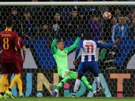 足球视频集锦:波尔图 3-1 罗马