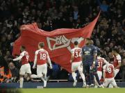 阿森纳2-0终结曼联十二轮不败升至第四,扎卡、奥巴梅扬建功