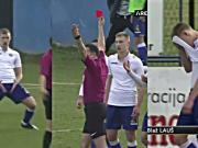 小球员模仿C罗、西蒙尼庆祝动作,直接染红下场