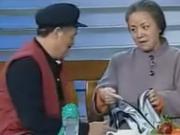 新闻大爆炸:你看他这鞋,阿迪达的,裤子,普希金的