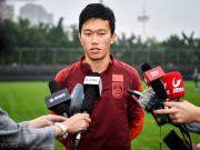 谢鹏飞:入选国足是无上的荣耀,对阵泰国要利用身体优势