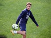 肌肉拉伤,小基耶萨提前结束意大利队训练